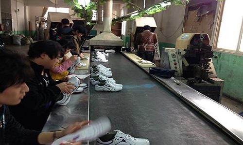 SE adiciona medidas de regulación para la importación de calzado.