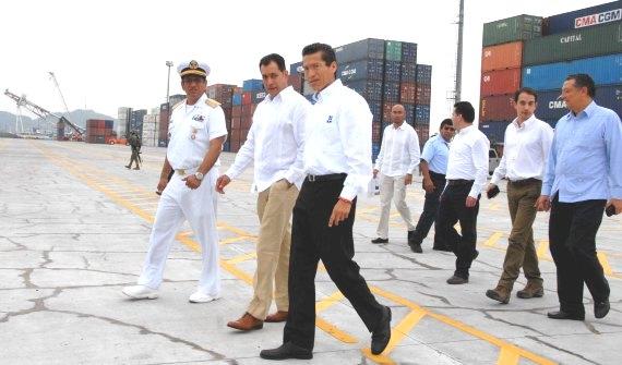 Inauguran obras de ampliación y modernización de la Aduana del Puerto de Manzanillo